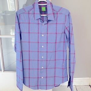 • Hugo Boss Green Label long sleeve dress shirt